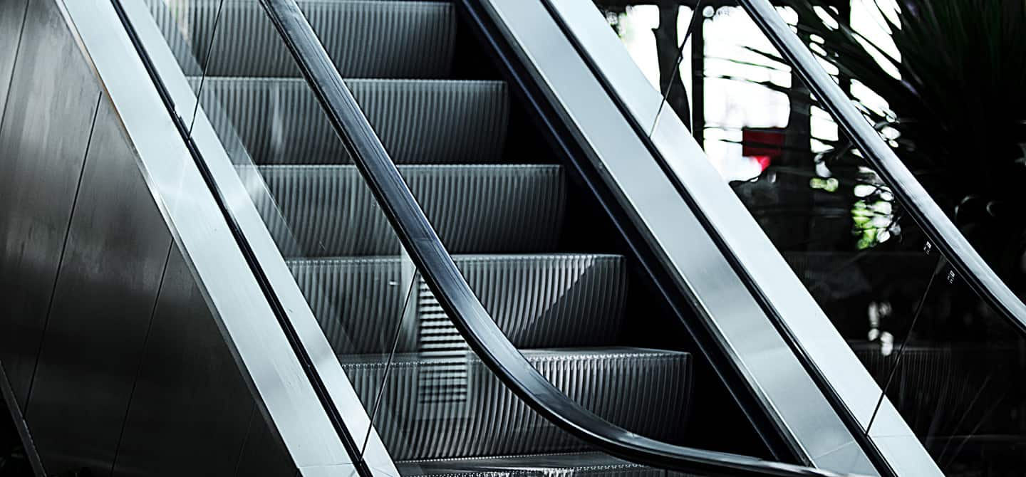 backimg_modernization-escalators-full-replacement-highlights-bg